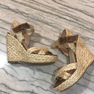 WOVEN NATURAL WEDGES